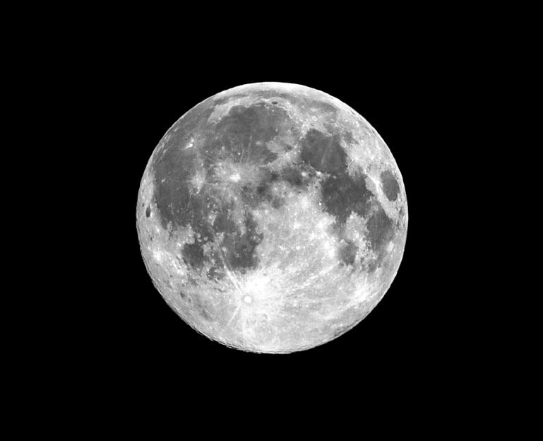full moon iStock_000044294850_Small