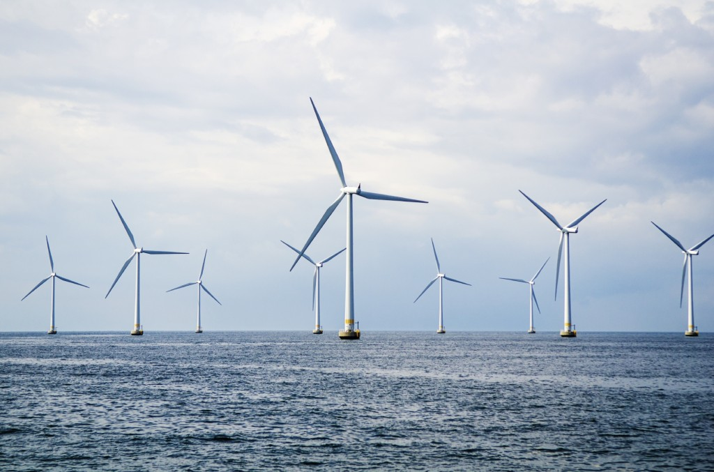 Wind Turbine - iStock_000044762348_Medium