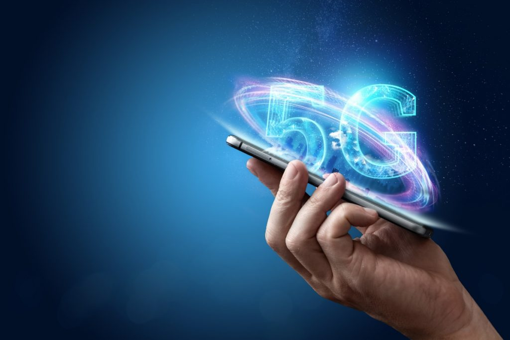 5g concept on mobile phone